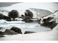 [http://ualresearchonline.arts.ac.uk/105/4.hasmediumThumbnailVersion/peninsular_-_bay-sml.jpg]