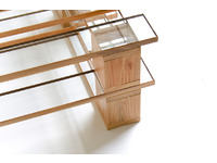 [http://ualresearchonline.arts.ac.uk/10996/2.hasmediumThumbnailVersion/Glass_Pallet02.jpg]