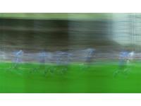 [http://ualresearchonline.arts.ac.uk/11634/4.hasmediumThumbnailVersion/walkalone_4.jpg]