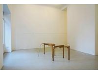 [http://ualresearchonline.arts.ac.uk/13744/1.hasmediumThumbnailVersion/Surroundings%2001.jpg]