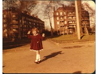 [http://ualresearchonline.arts.ac.uk/2898/1.hasmediumThumbnailVersion/woodberry_girl_small.jpg]
