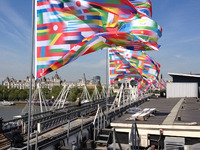 [http://ualresearchonline.arts.ac.uk/5491/36.hasmediumThumbnailVersion/Orta-Antarctica-Flags-Southbank-06.jpg]