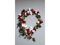 [http://ualresearchonline.arts.ac.uk/7703/1.hasmediumThumbnailVersion/A_Wreath-fresh.jpg]