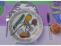 [http://ualresearchonline.arts.ac.uk/8098/21.hasmediumThumbnailVersion/70x7_The_Meal_Philadelphia_-_14.jpg]