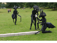 [http://ualresearchonline.arts.ac.uk/9700/10.hasmediumThumbnailVersion/1245_original.jpg]